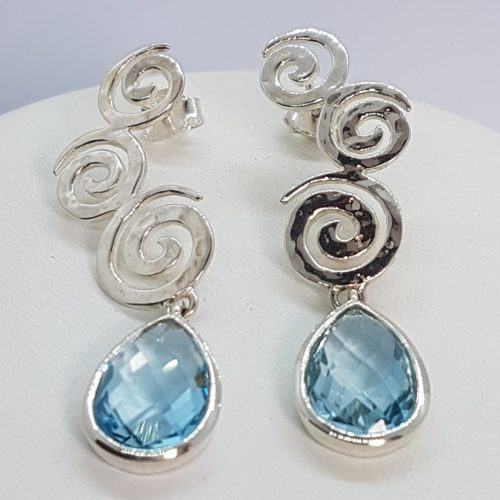 Long earrings topaz