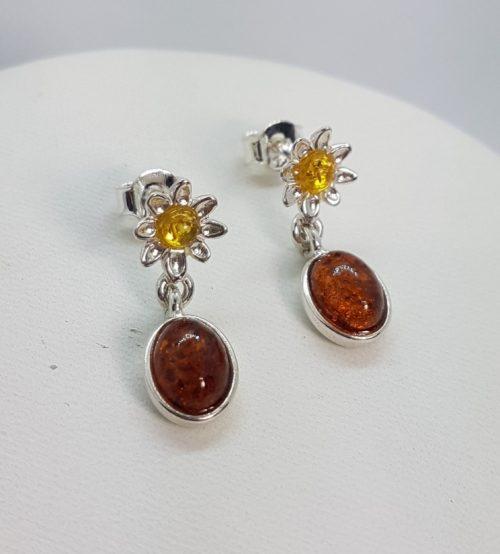 orecchini in ambra a fiori