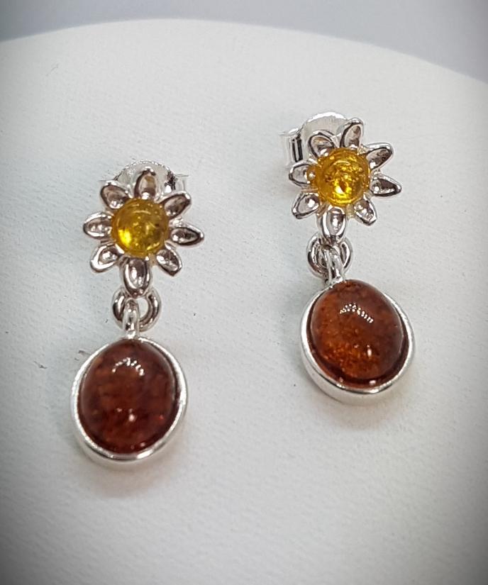orecchini d'ambra a fiori