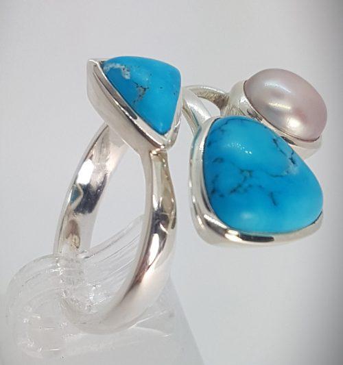 anello turchese e perle