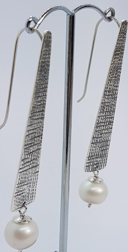 Perle di fiume e argento orecchini