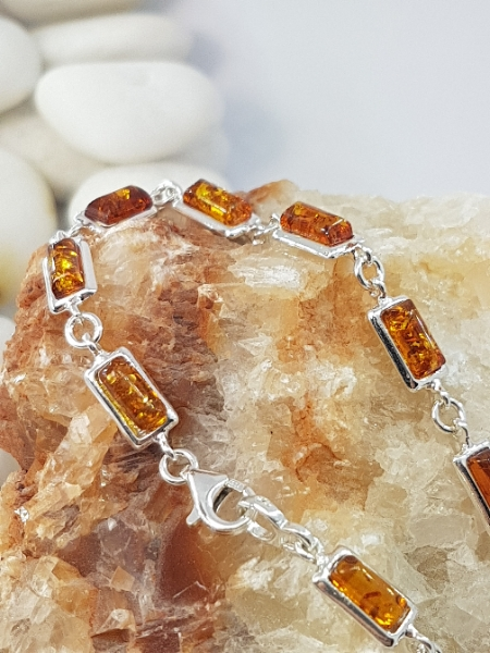 Bracciale in ambra e argento Siena