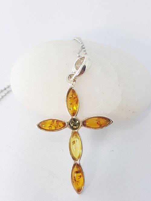Croce in ambra e argento
