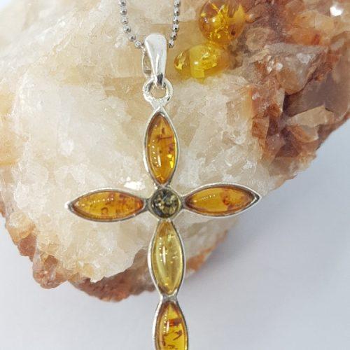 Croce in ambra e argento 925