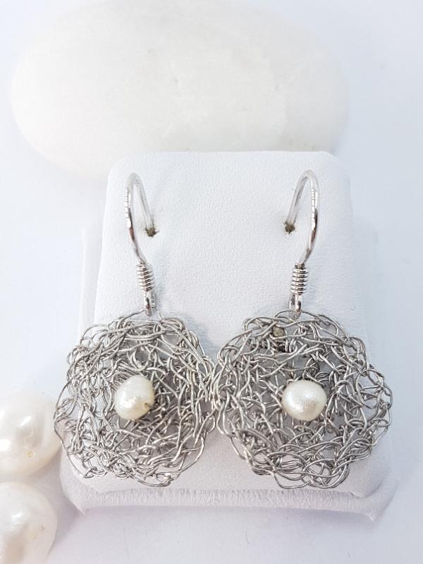 Uncinetto orecchini in argento e perle di fiume
